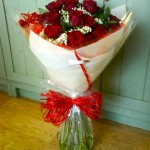 12 red roses, £35